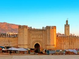 gate_to_ancient_medina_of_fez_morocco